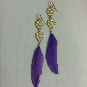 Pearlized Floral Feather Earrings